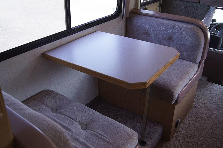 ベットにもなるテーブル&ソファー